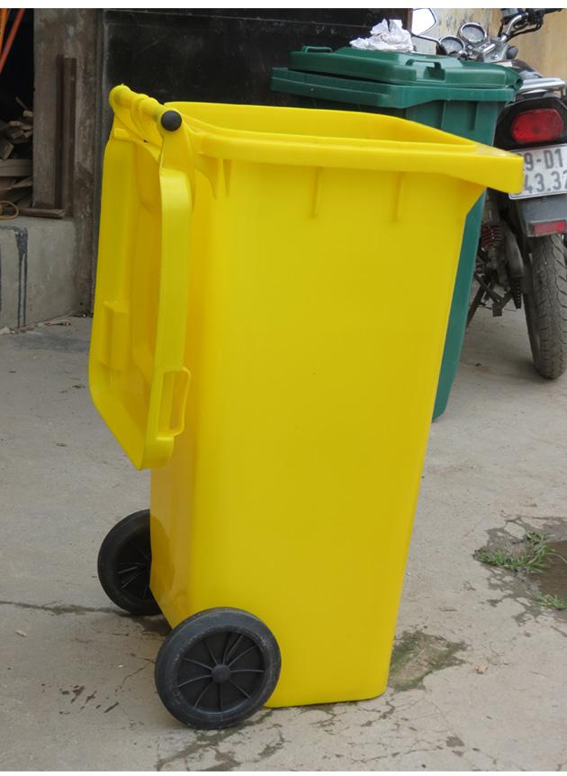 Tổng quan thùng rác nhìn từ phía bên trái