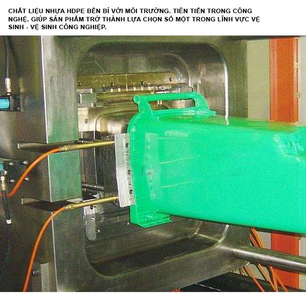 Thùng rác nhựa HDPE 120 Lít có quai đóng mở tiện lợi
