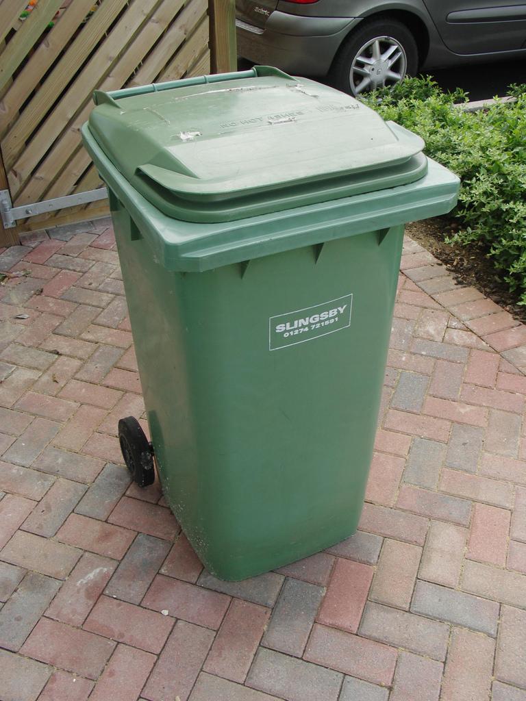 Bán thùng rác tại Bình Thuận