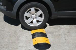 Gờ giảm tốc ô tô - Địa chỉ cung cấp các loại gờ giảm tốc ô tô chất lượng tốt nhất